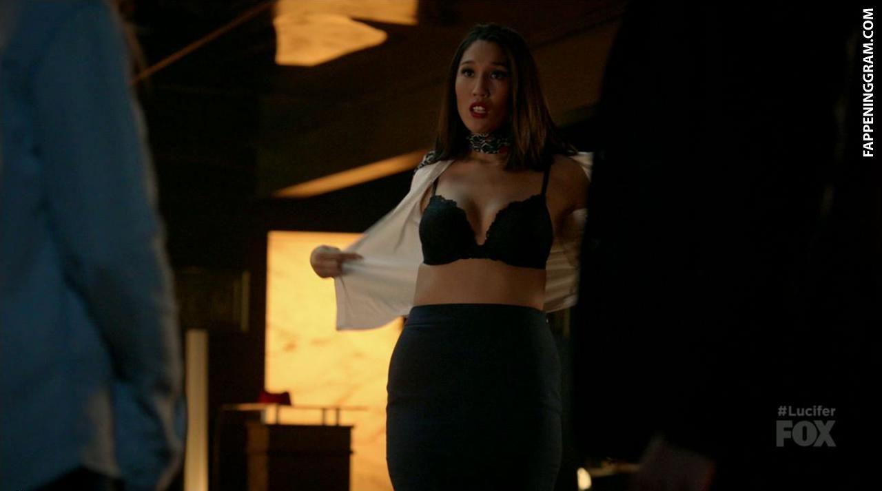 Jennifer Wong  nackt