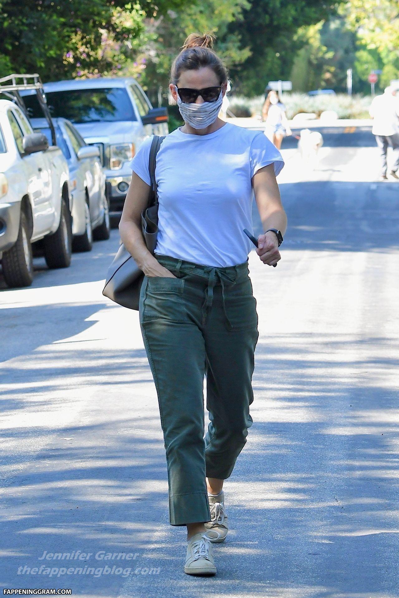 Jennifer Lopez Nude The Fappening - Page 3 - FappeningGram