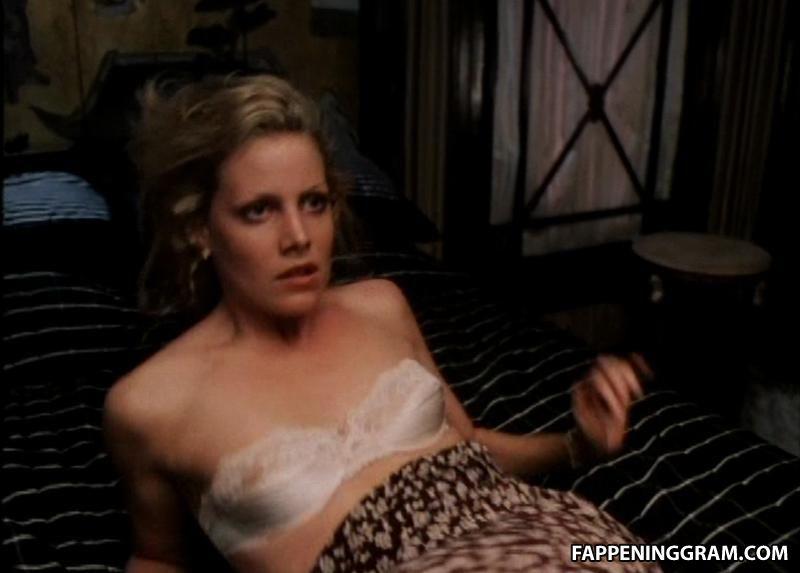 Jennifer Guthrie  nackt