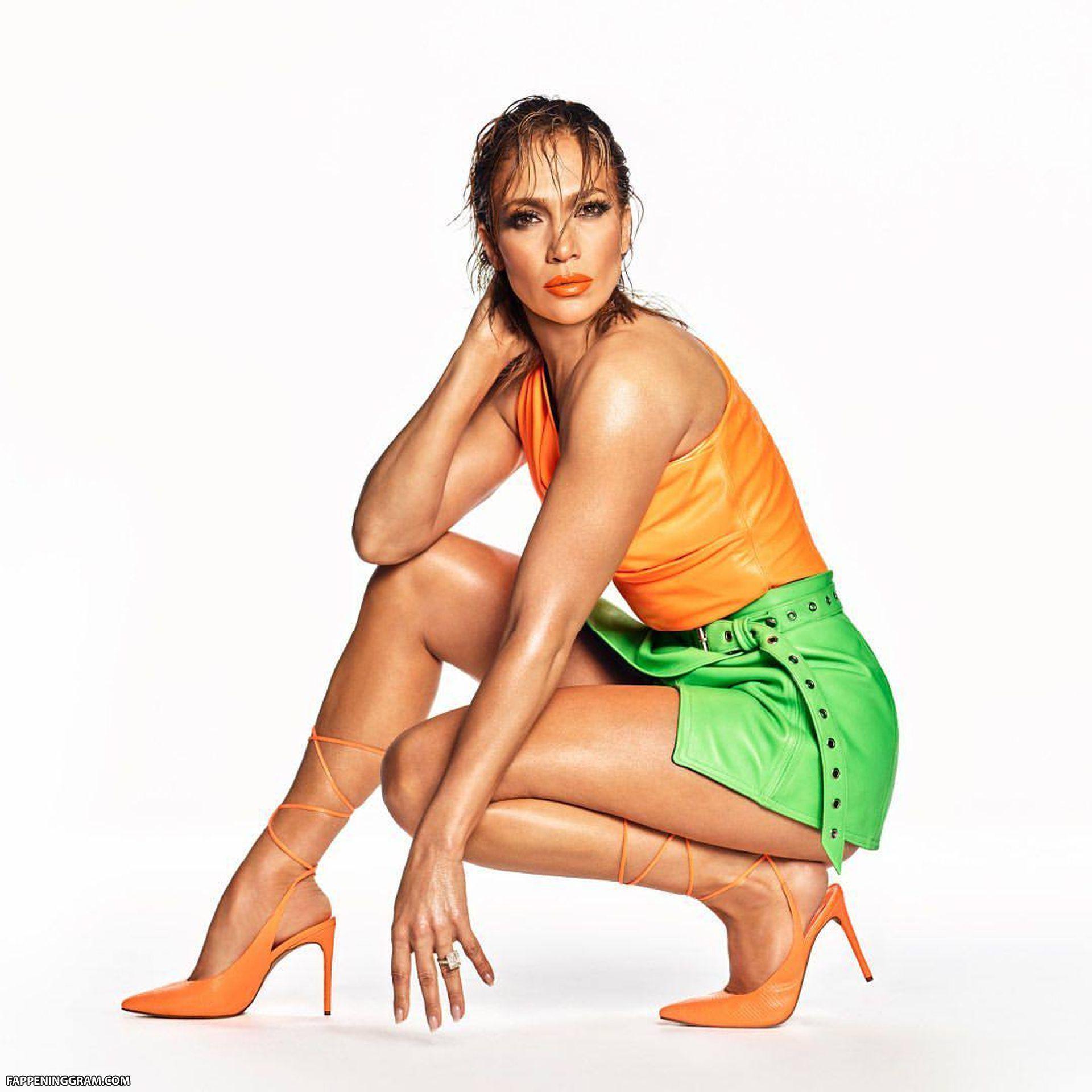Nude lopez Jennifer Lopez