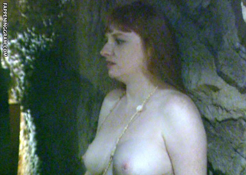 Charlotte Barriere  nackt