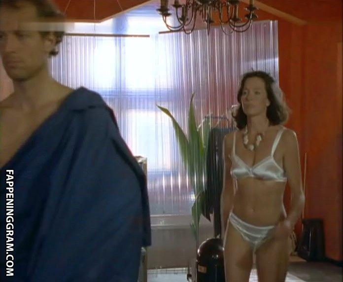 Foraker nackt Lois  Hot Mary
