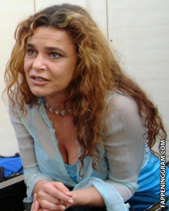 Nackt  Carolyn Thomas Carolyn A.