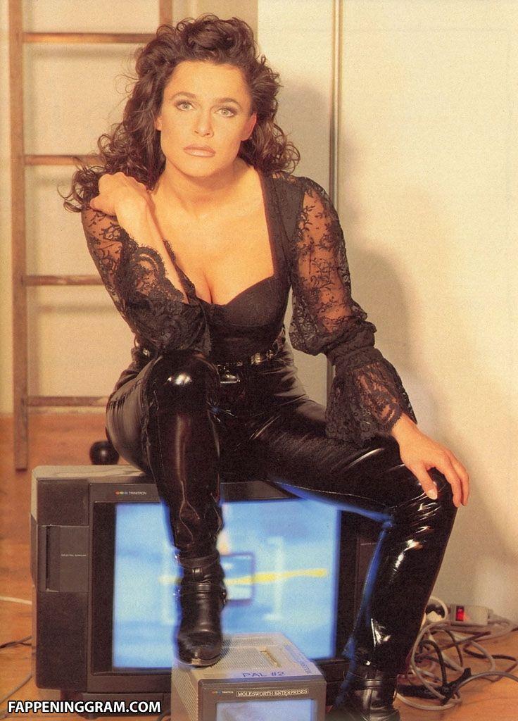 Nackt Lorraine Olivia  Beeg Best