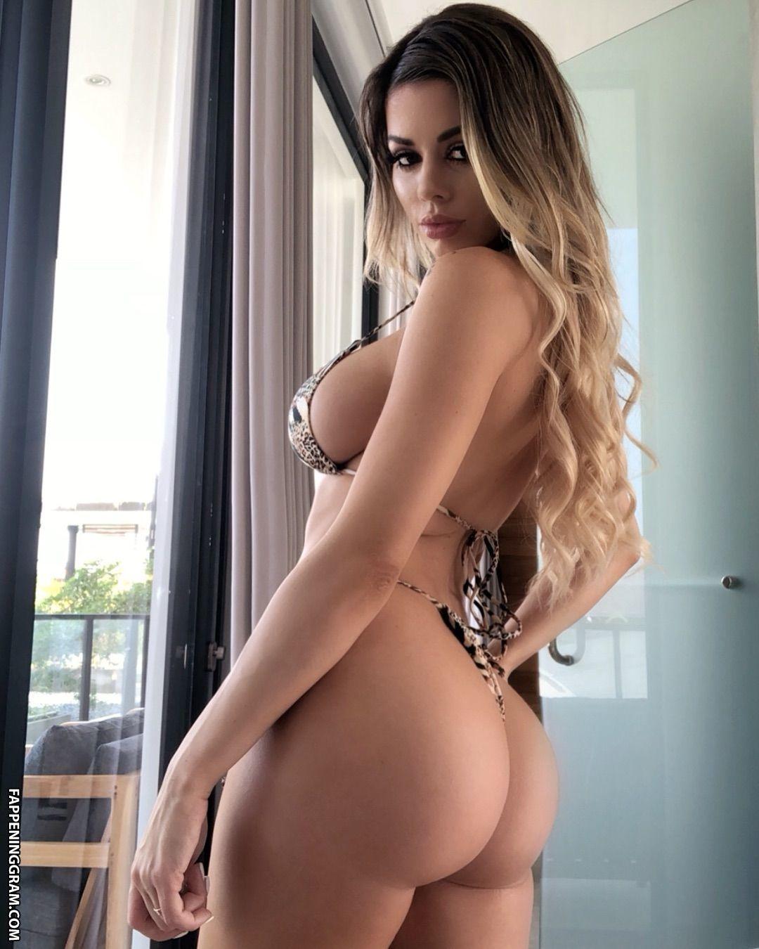 Doolan  nackt Sarah MaeveMadden