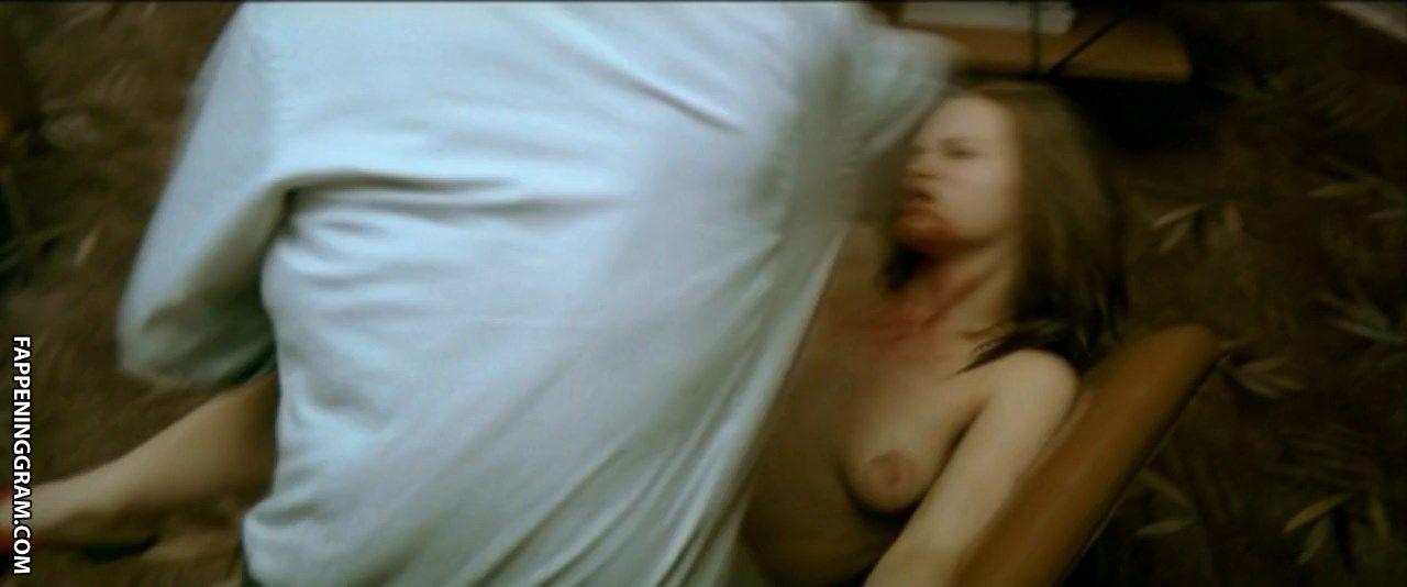 Donna nackt Eskra Mature Album