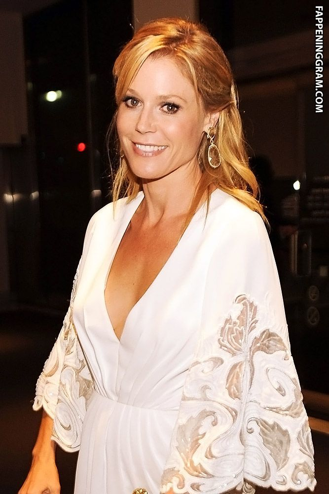 Julie Bowen Nude, Sexy, The Fappening, Uncensored - Photo