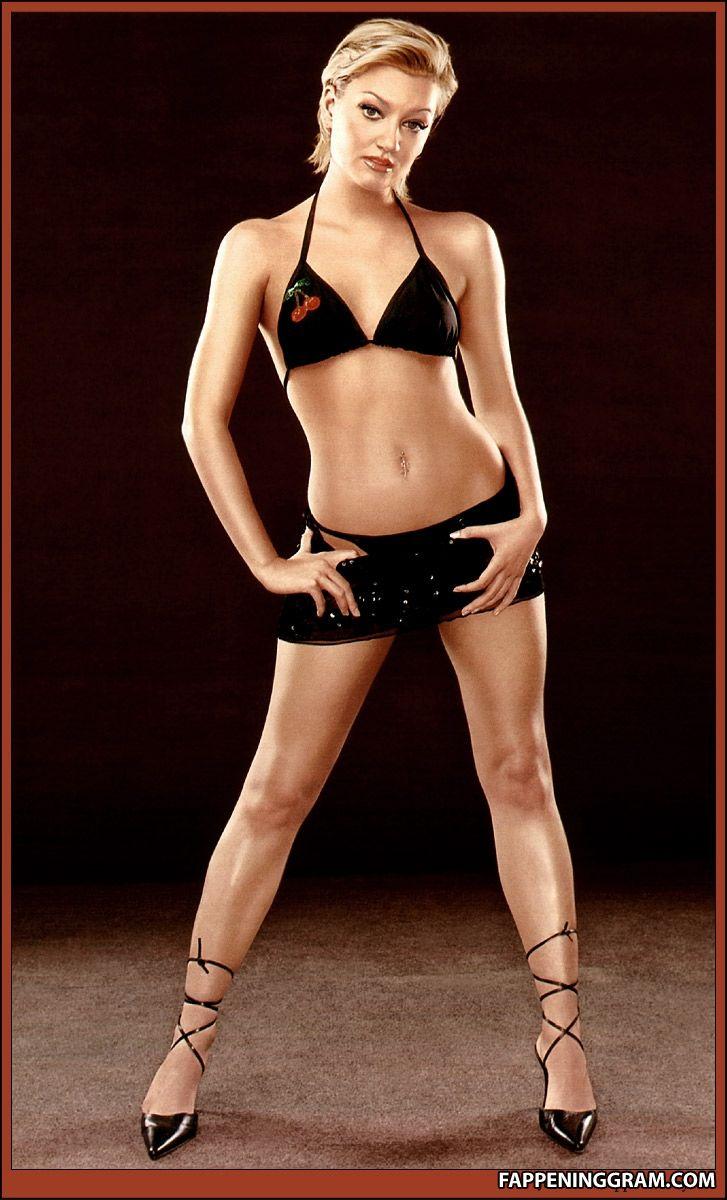 Annette Chavez  nackt