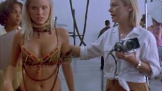 Karen Cliche Nude Leaks