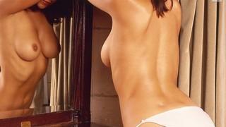 Karine Ferri Nude Leaks