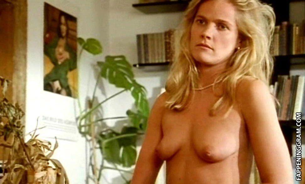 Chrissy Metz  nackt