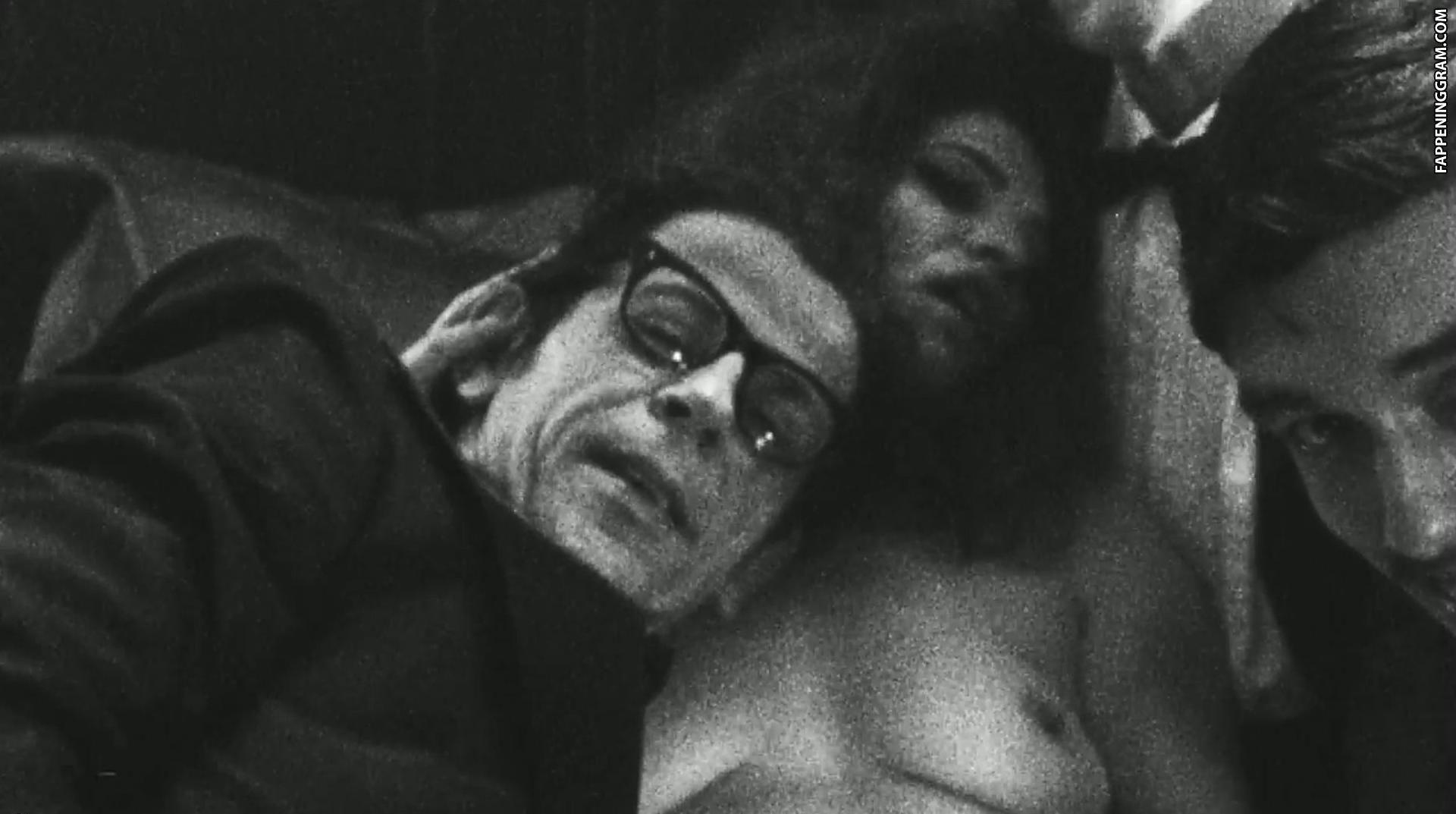 Nackt  Kassandra Speltri Brasilianische schauspielerin