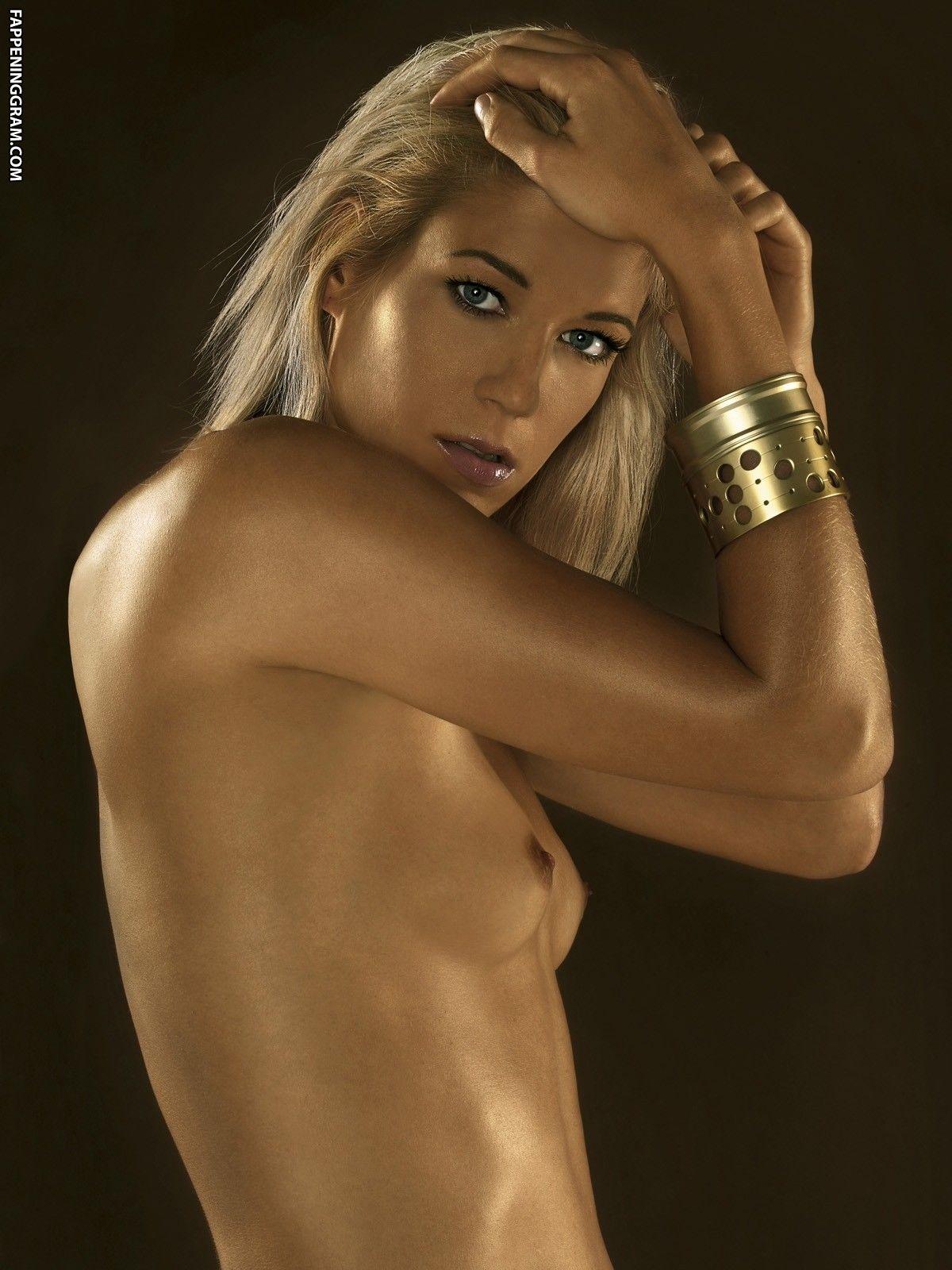 Sarah Filippi  nackt