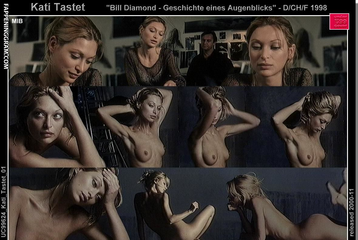 Emily Theobald  nackt