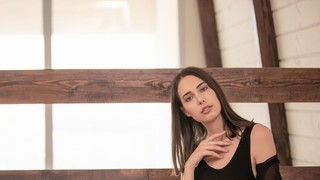 Nackt  Katrine Pirs Femjoy
