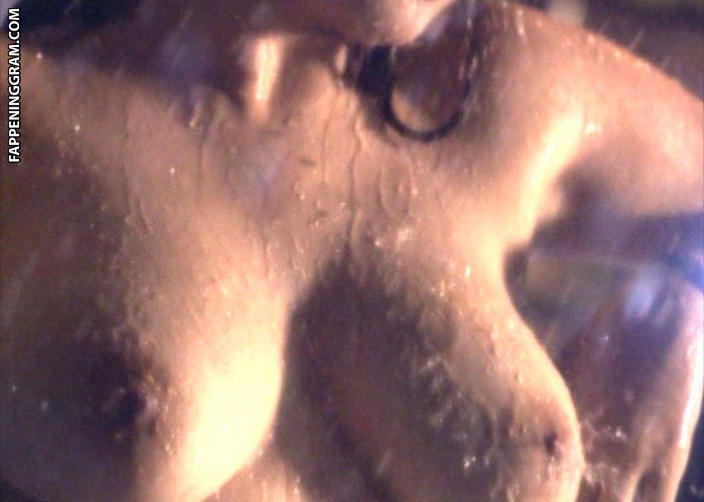 Viva Hot Babes Nude Scene Lisa Wyatt Miafarmaciapreferita