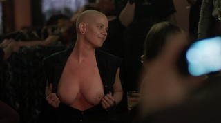 Kelly Bartnik Nude Leaks