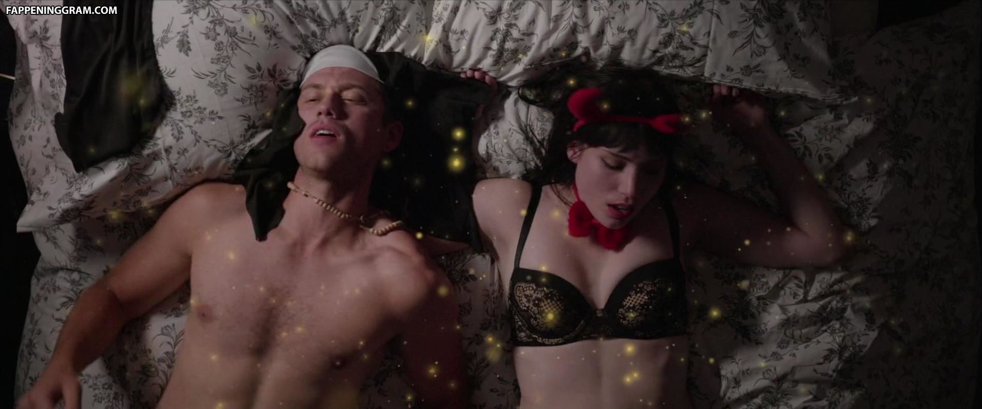 Nackt Christie Mucciante  Netflix Netherlands