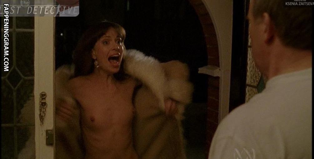 Popagain  nackt Jennifer Discover Jennifer