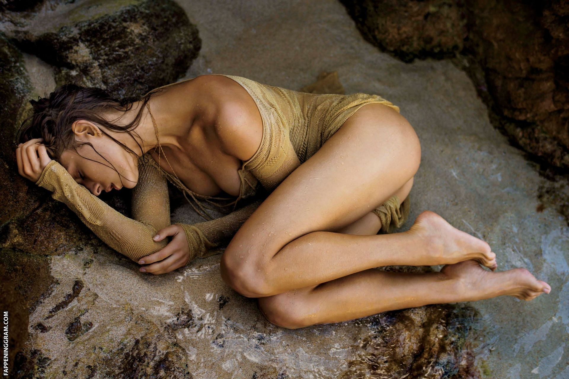 Lana Zakocela Nude