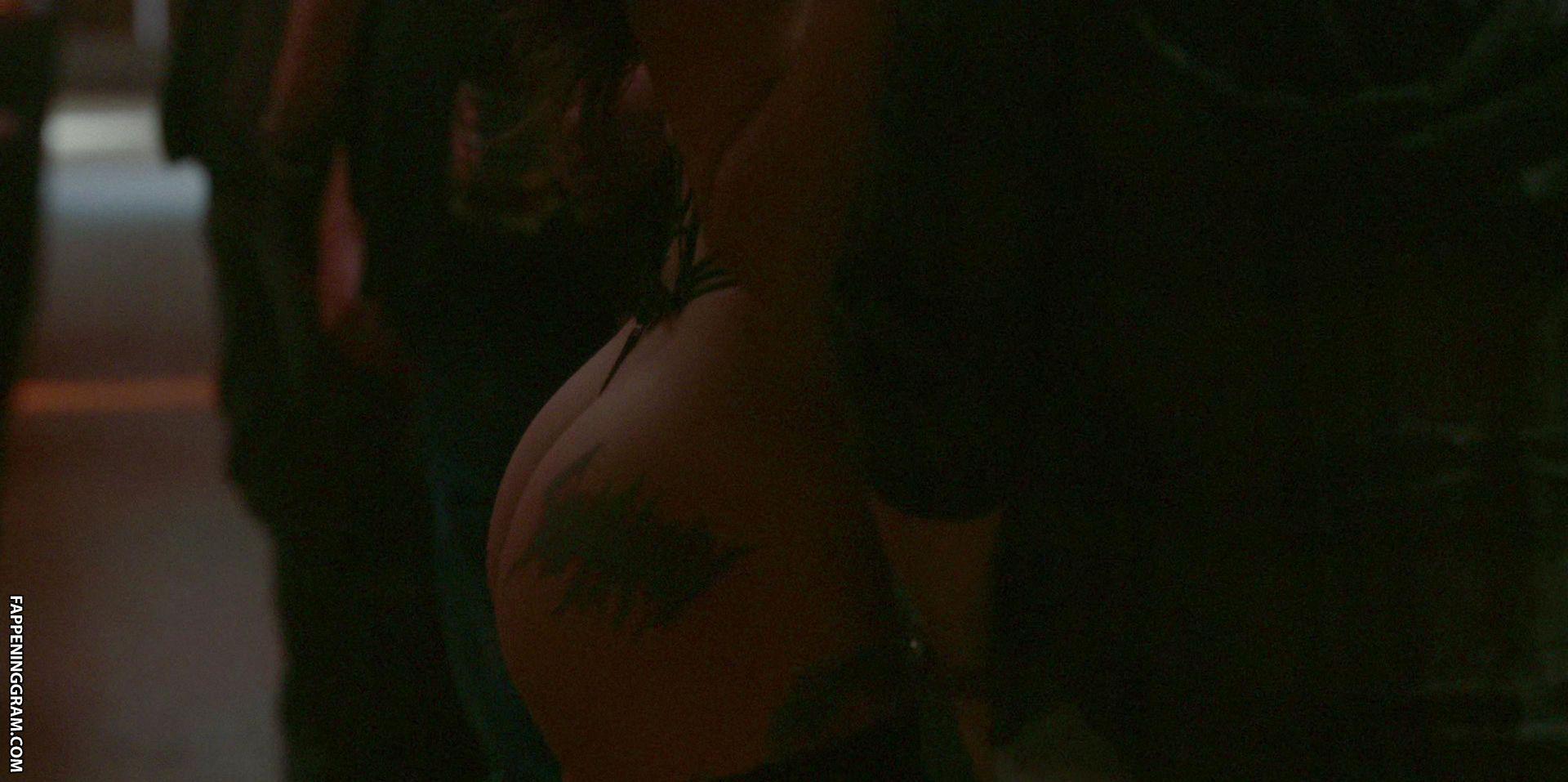 Lara Wishlow  nackt