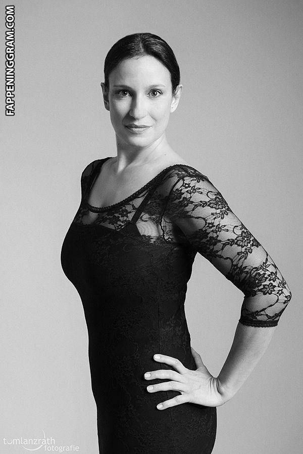 nackt Moser Karin marshillmusic.merchline.com