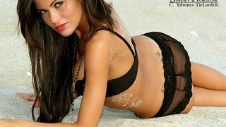 Laura Leigh Siani Nude Leaks