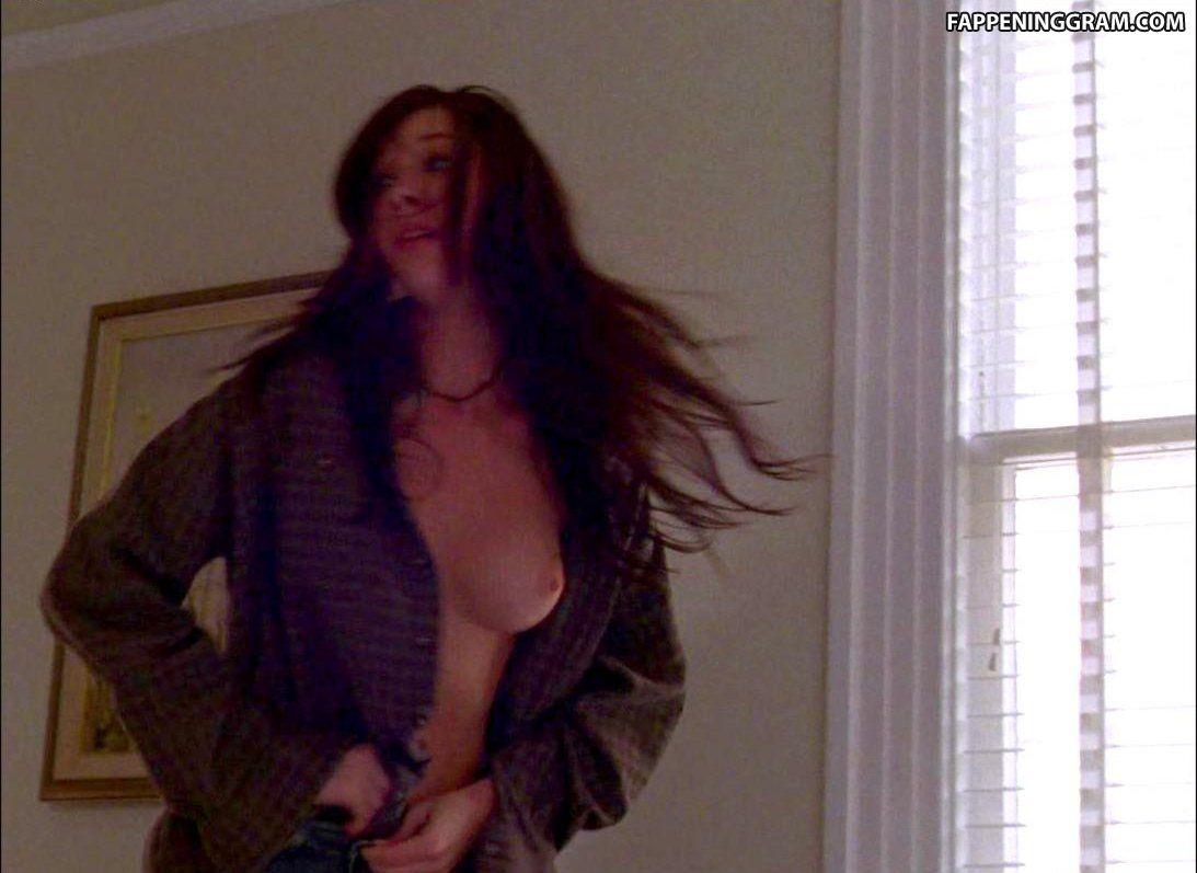 Charlie nackt Bazire Charlotte Emily