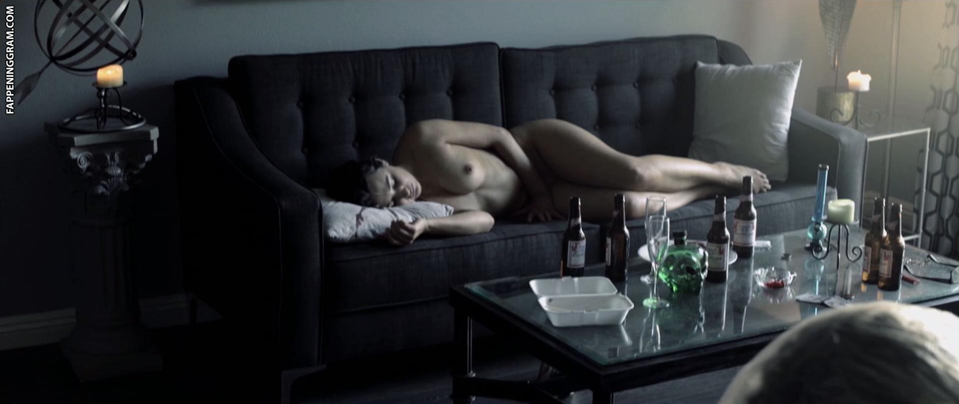 Lena Roma  nackt