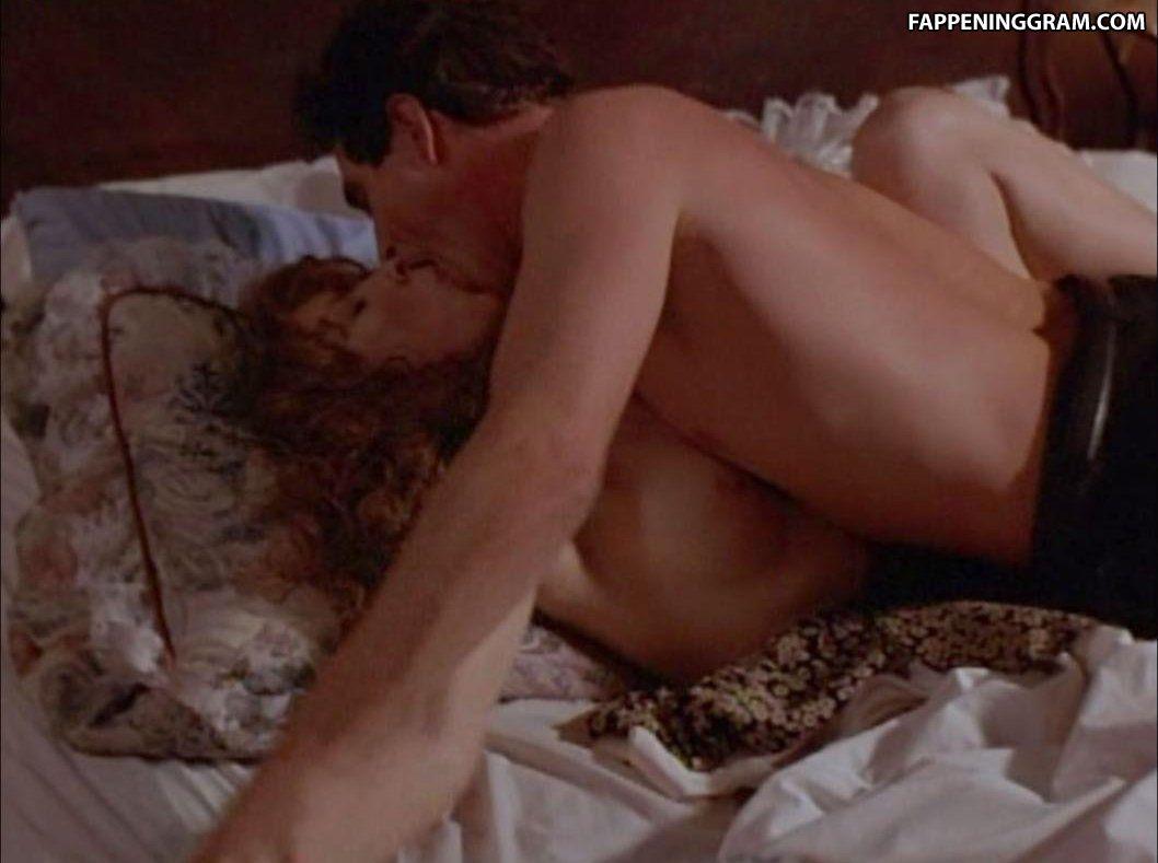 Naked linda kozlowski Linda Kozlowski