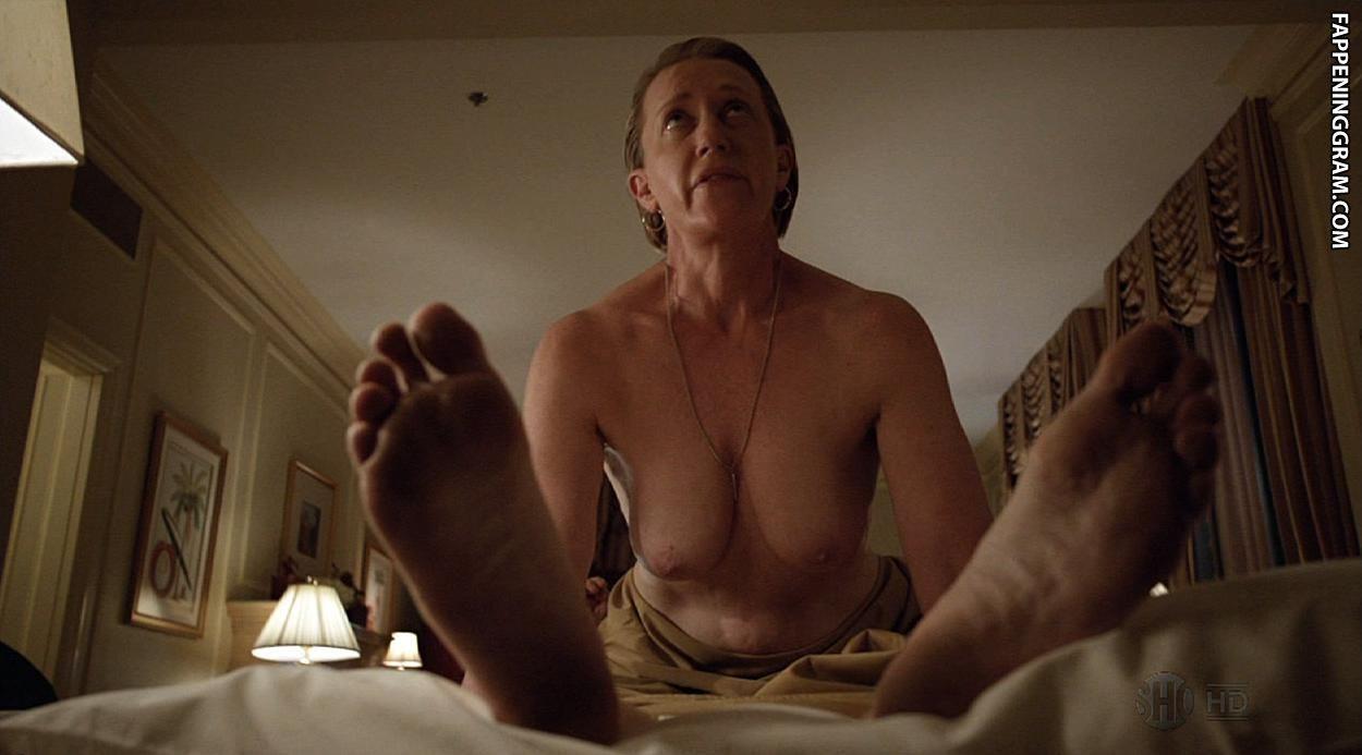 Tandi Wright  nackt