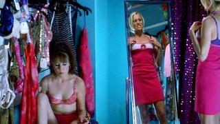 Liz Stauber Nude Leaks