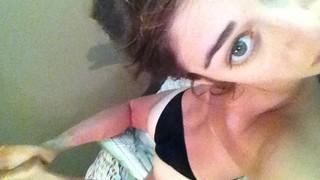 Lizzy Caplan Nude Leaks