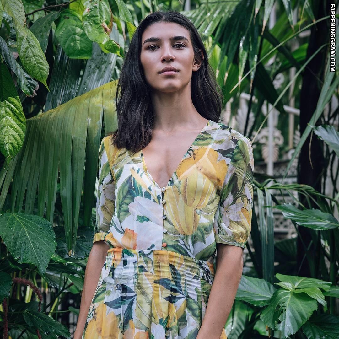 Lorena Andrea Nude