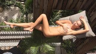 Ludi Delfino Nude Leaks