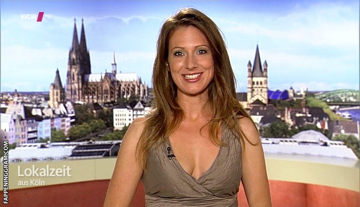 Mara Bergmann Nude The Fappening - FappeningGram