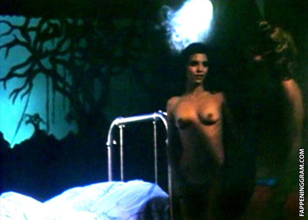 Marie Sharp Nude