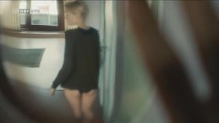 Mavie Hoerbiger Nude Leaks