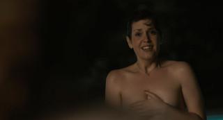 Melanie Lynskey Nude Leaks