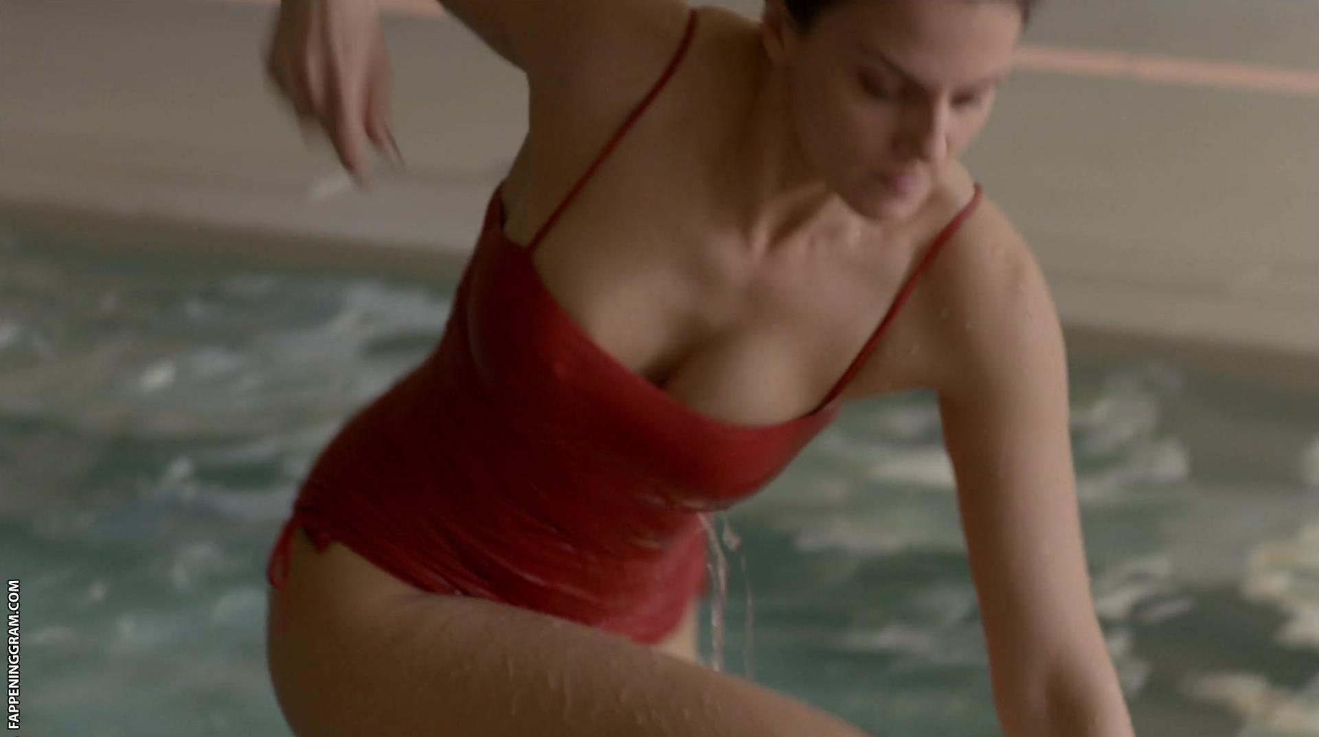 Melina Matthews  nackt