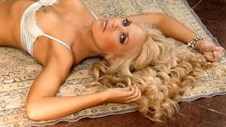 Mercedes McNab Nude Leaks