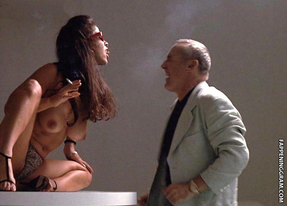 Mercy Lopez  nackt