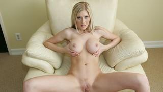Michelle Barrett Nude Leaks