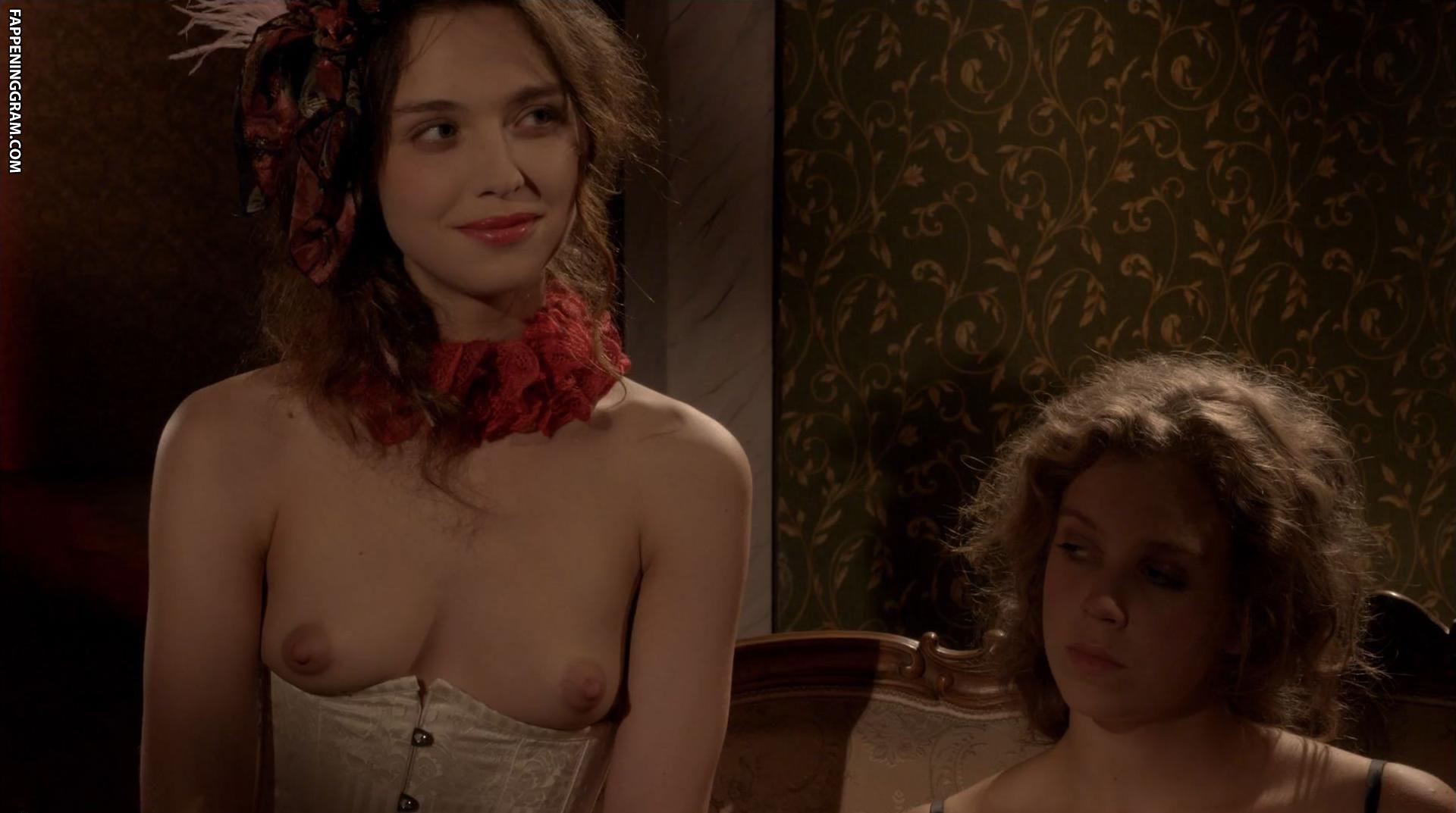 Eliza nackt Ashley Parker  Mary