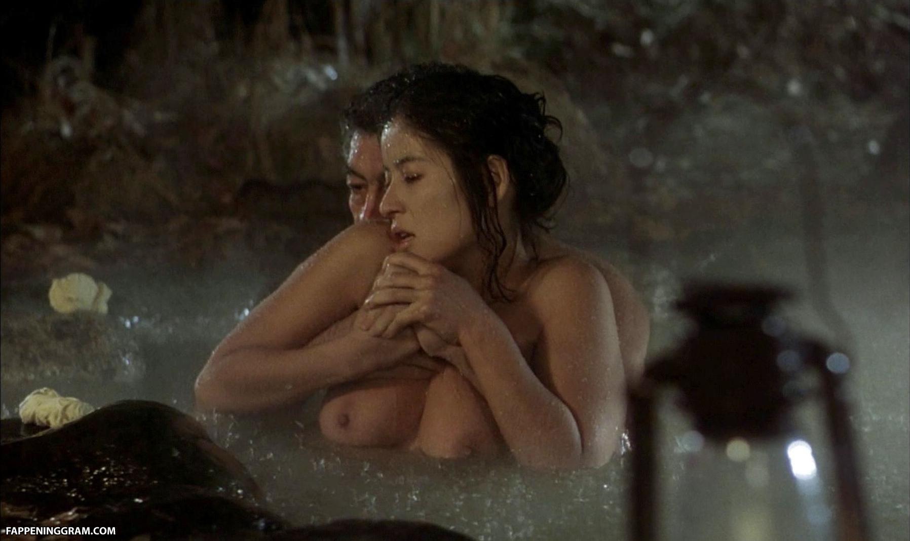 Nackt  Joyce Giraud Joyce Giraud