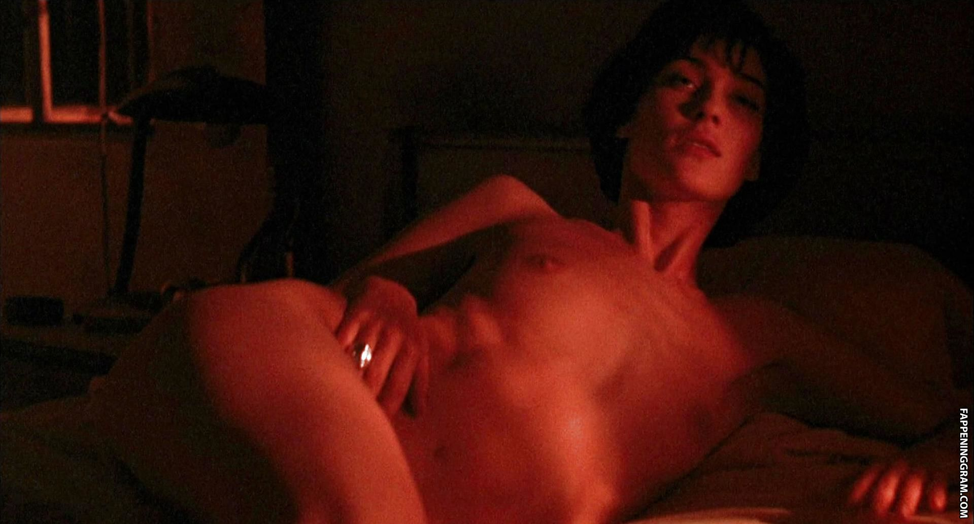 Mitzi martin sexy and nude pictures page of celebarazzi com nude celebrities nude picture