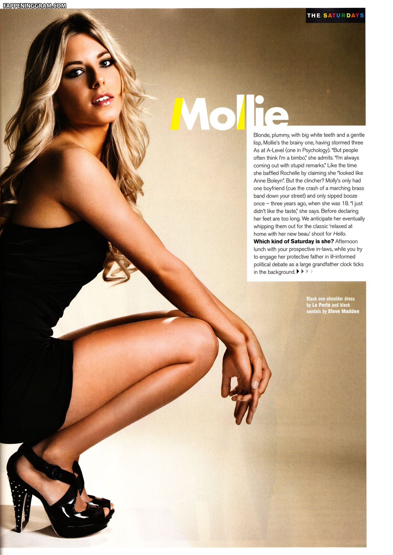 Mollie King  nackt