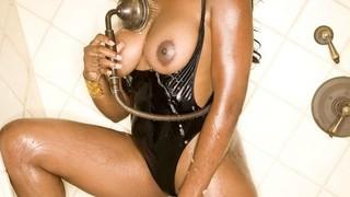 Monique Moore Nude Leaks