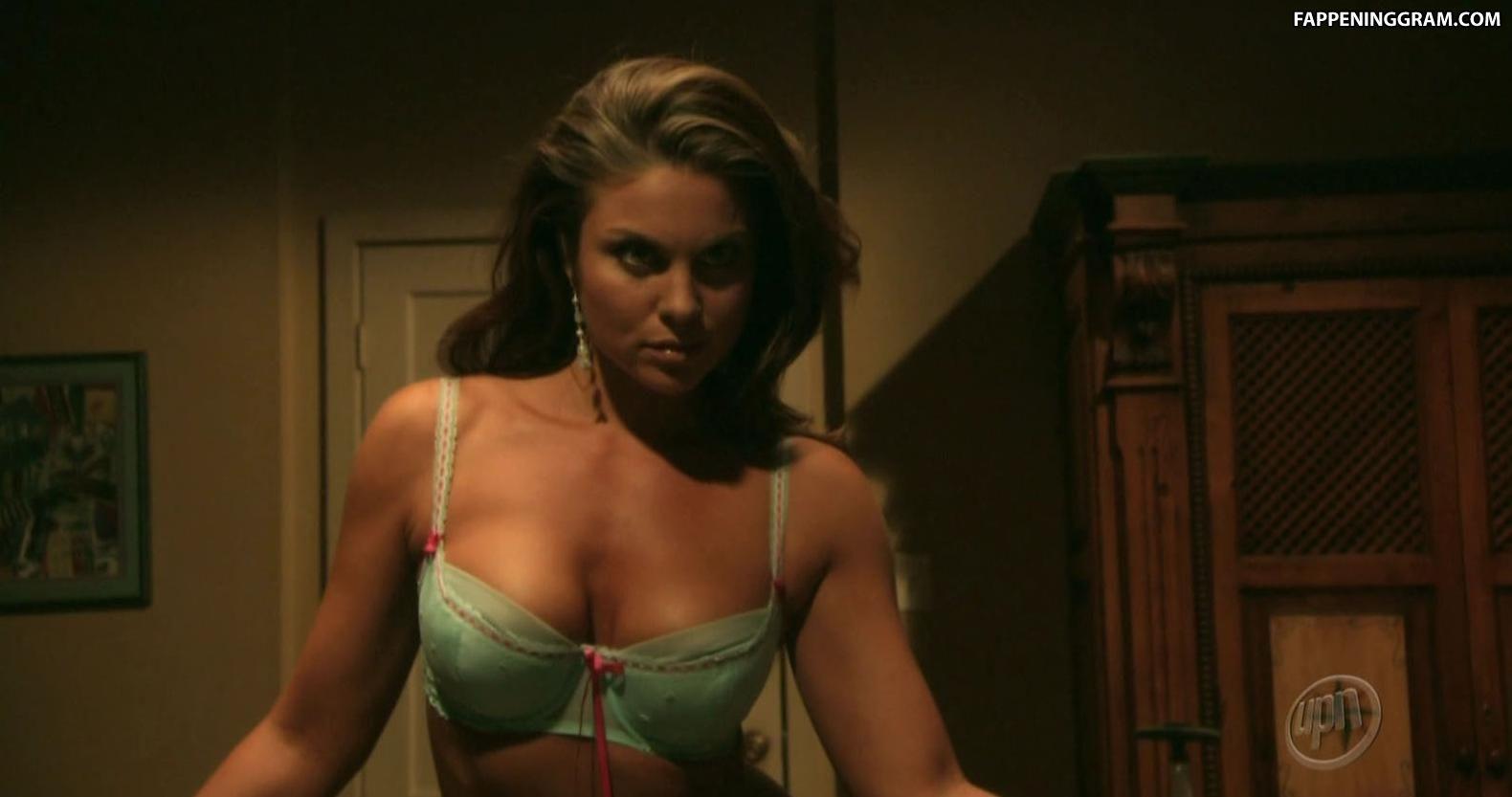 Nadia Bjorlin Naked