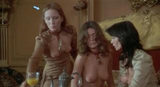 Nadine Perles Nude Leaks